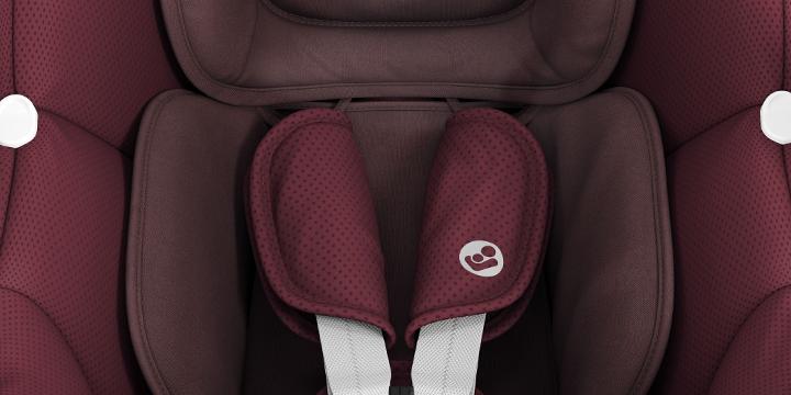 c04 - Maxi-Cosi Tinca i-Size (45-75 cm) kolor Essential Black